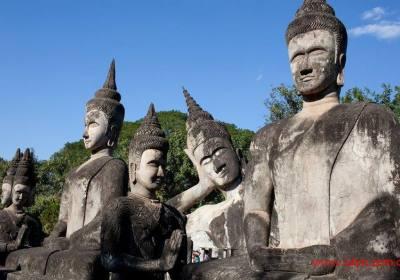成都到琅勃拉邦、万荣(优雅时光)四晚五日游、老挝琅勃拉邦旅游多少钱、老挝琅勃拉邦旅游线路报价