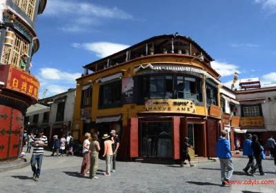 成都到拉萨、纳木措、日喀则单卧单飞八日游、西藏旅游多少钱、成都到西藏旅游线路报价