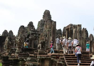 一个女生去柬埔寨旅游安全吗