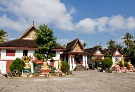 【2018年春节LAOS】老挝琅勃拉邦布施、浪漫万荣深度7日自驾游
