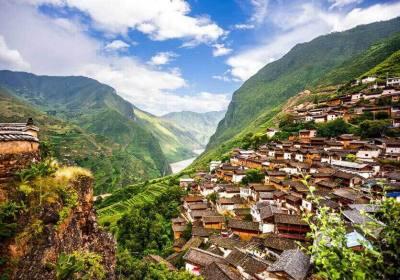云南跟团游多少钱、云南旅游跟团报价纯玩、云南旅游报团大概多少钱