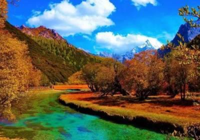 稻城亚丁旅游要花多少钱、跟团去稻城大概多少钱、稻城旅游团一般多少钱