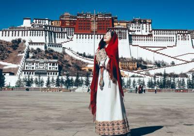 成都到西藏九日游费用、成都到西藏报团多少钱、成都到西藏跟团旅游多少钱