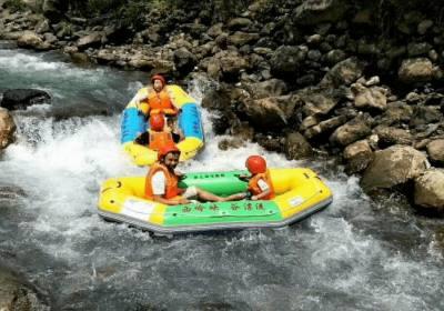 西岭峡谷漂流门票多少钱、西岭峡谷漂流怎么样、小孩和老人能参加吗